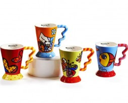 Mugs w/ Icons features squiggle handle